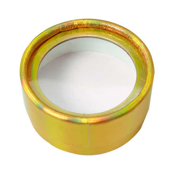 Gold round eyelash packaging from mink lashes vendor