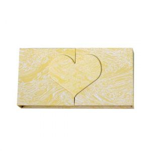 Yellow marble lashes packaging